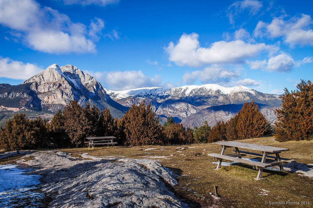 El Pedraforca y la Serra del Cadí desde la Pleta de la Vila