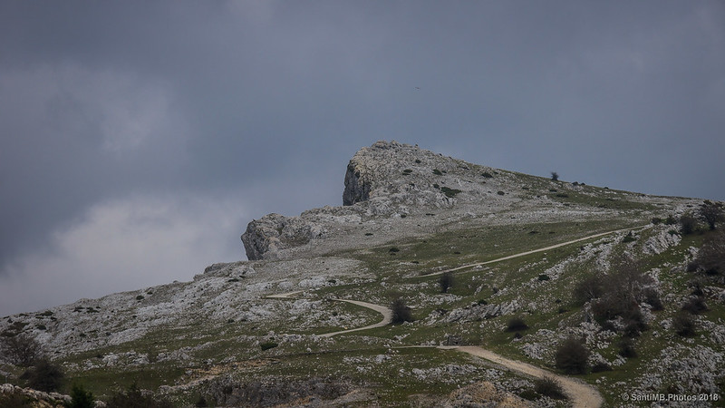 Sierra de Andía desde la Venta de Lizarraga